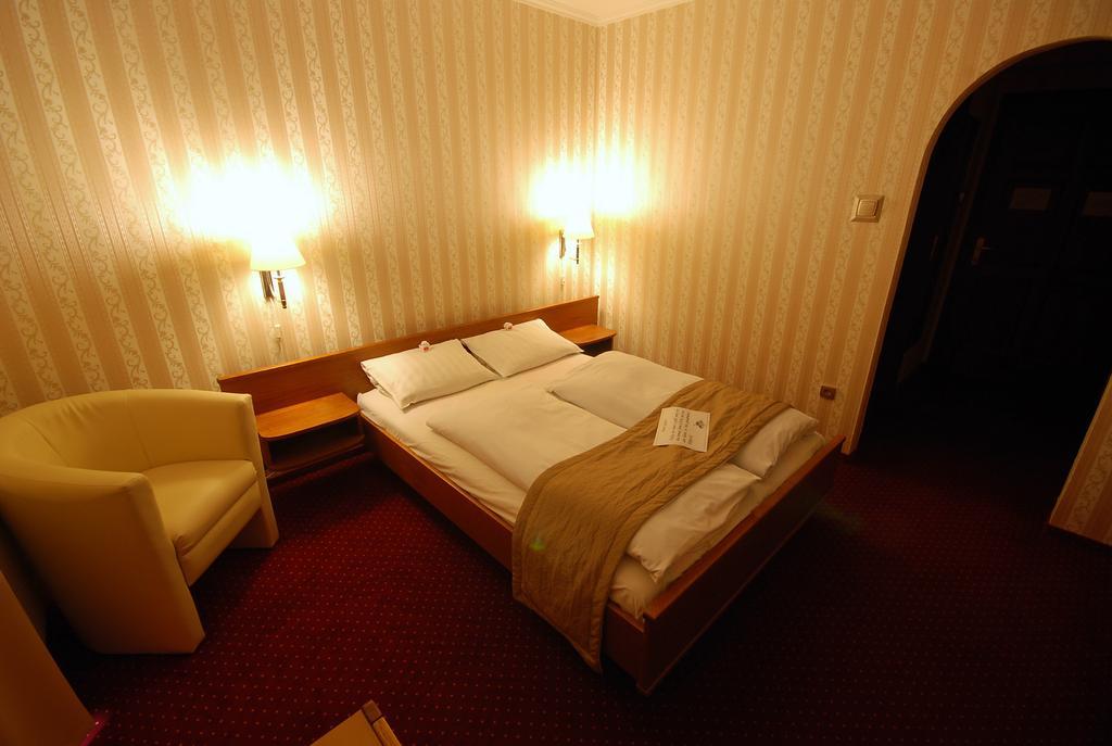 Image #3 - Hotel Amadeus - Budapest