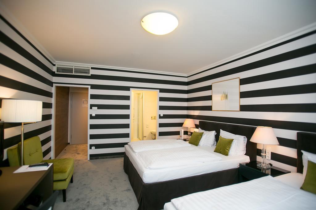 Image #19 - Hotel Ambra - Budapest