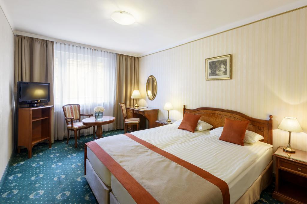 Image #7 - Danubius Hotel Astoria - Budapest