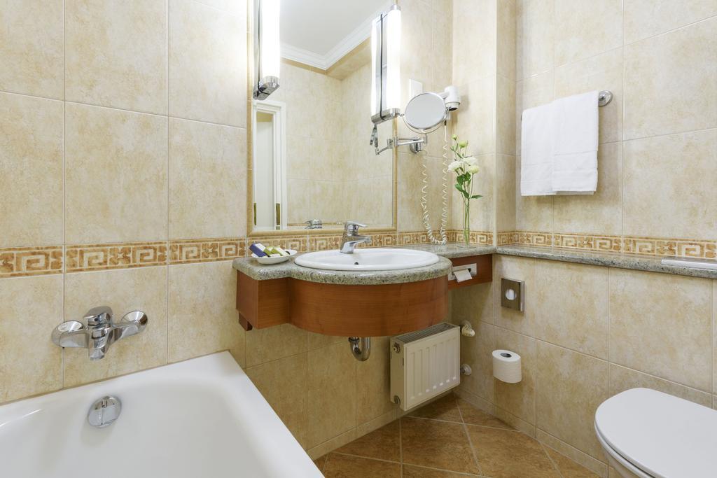 Image #9 - Danubius Hotel Astoria - Budapest
