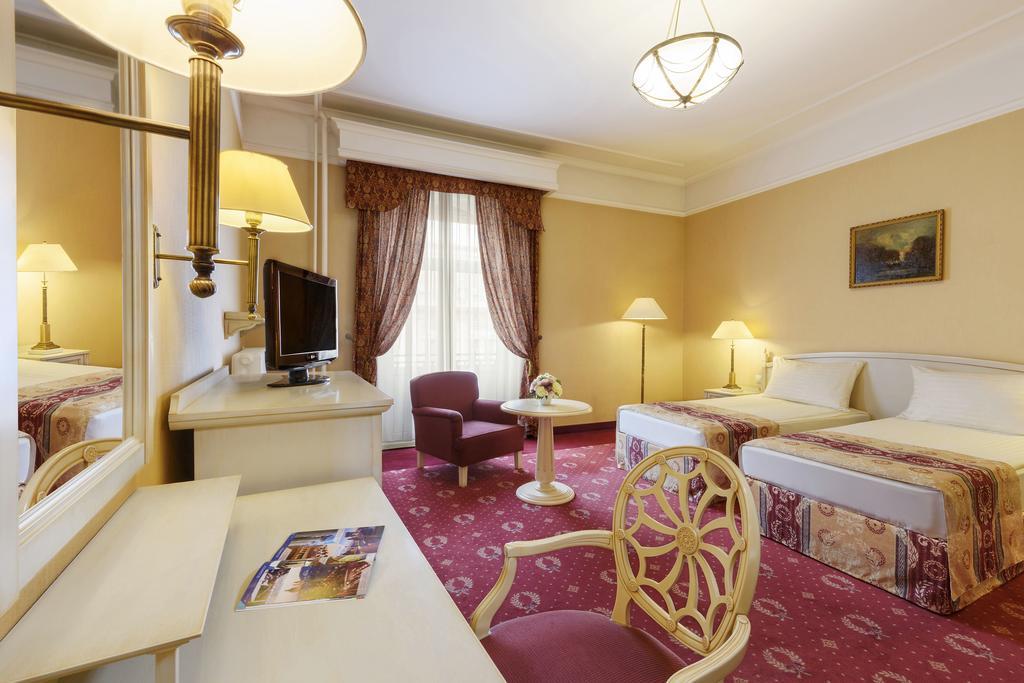 Image #11 - Danubius Hotel Astoria - Budapest