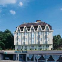 Hotel Bara, Budapest