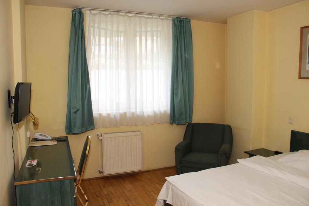 Image #9 - Hotel Bara - Budapest