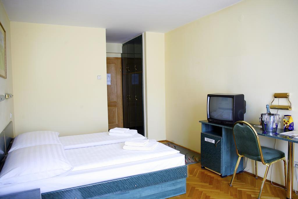 Image #15 - Hotel Bara - Budapest