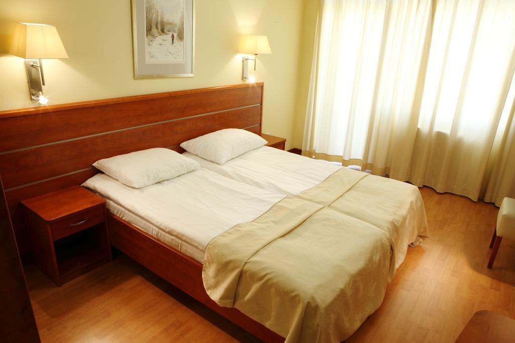 Image #12 - Hotel Benczur - Budapest