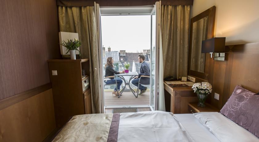 Image #7 - Hotel Carlton - Budapest