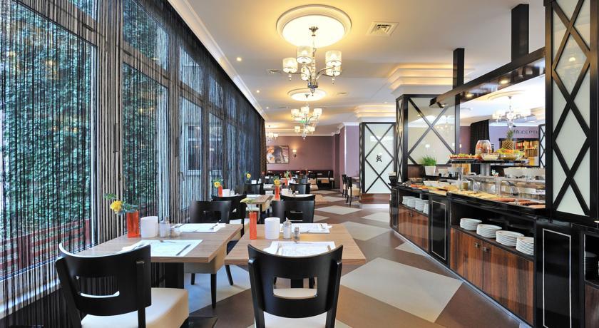 Image #14 - Hotel Carlton - Budapest