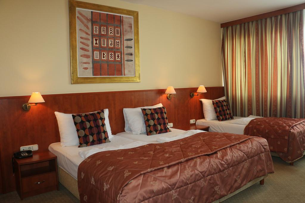 Image #2 - CHARLES Apartment Hotel - Budapest