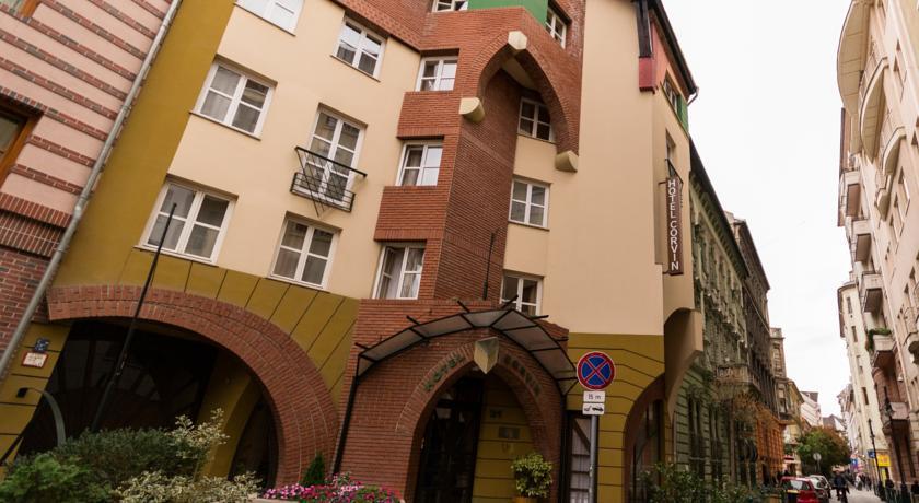 Image #1 - Hotel Corvin - Budapest