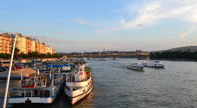 Image #5 - FORTUNA Boat Hotel & Restaurant - Budapest