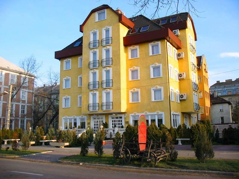 Image #1 - Hotel Happy Apartments - Budapest