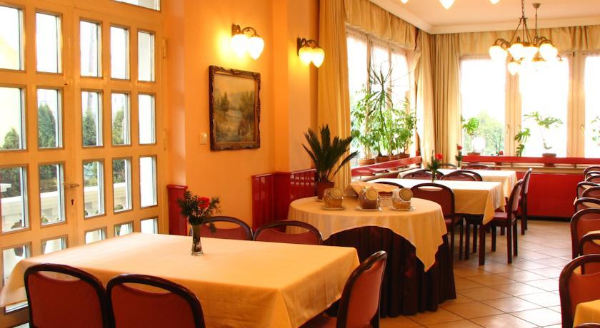 Image #10 - Hotel Happy Apartments - Budapest