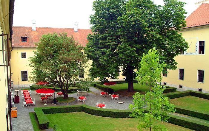 Image #9 - Hotel Klastrom - Győr