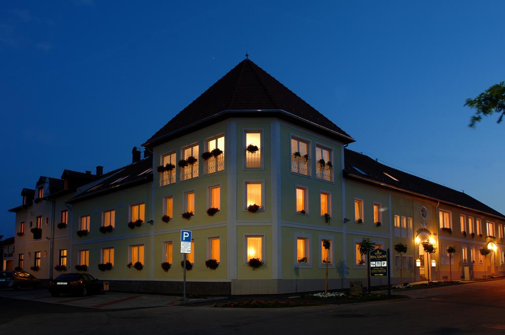 Image #1 - Hotel KORONA Eger - Eger