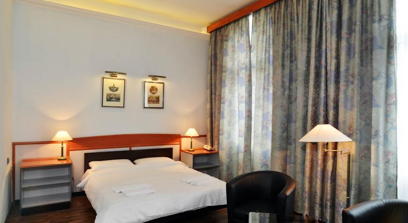 Image #3 - Hotel Korona Nyiregyháza - Nyiregyháza