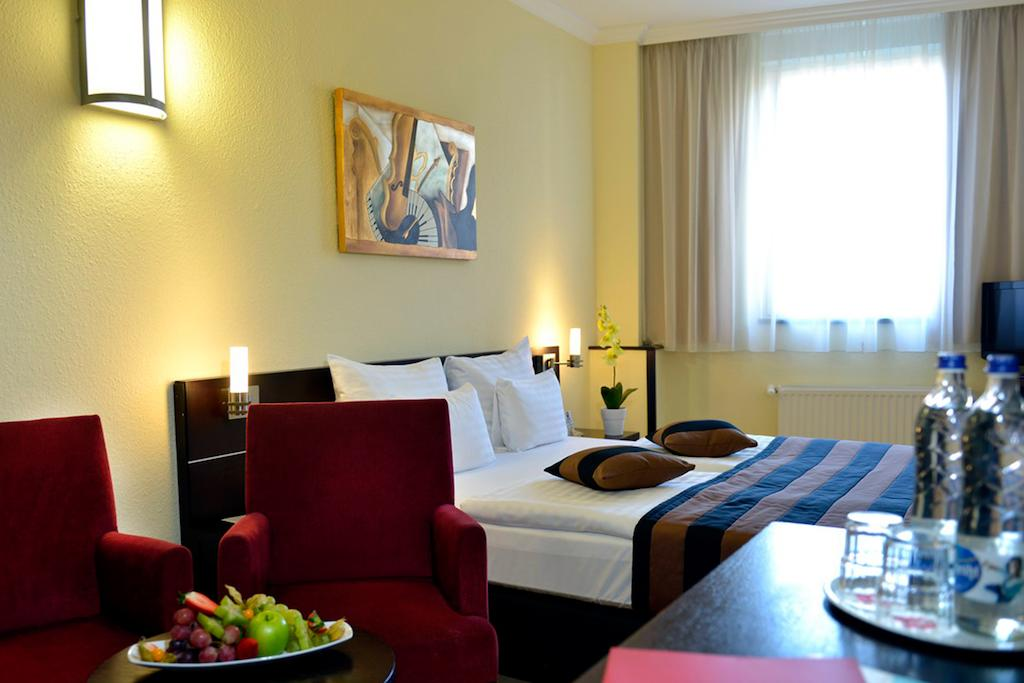 Image #2 - Hotel Leonardo - Budapest