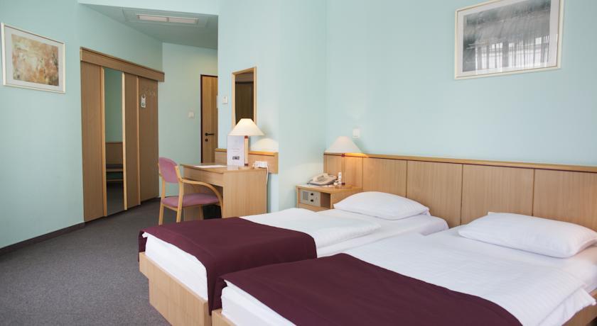 Image #5 - City Hotel Pilvax - Budapest