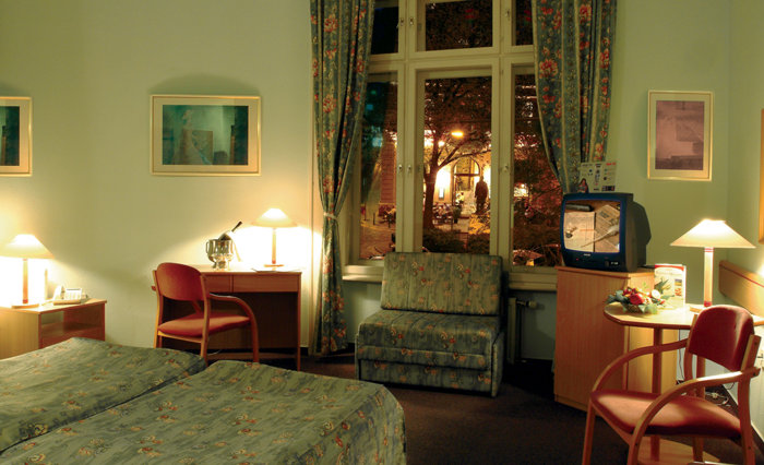 Image #15 - City Hotel Pilvax - Budapest